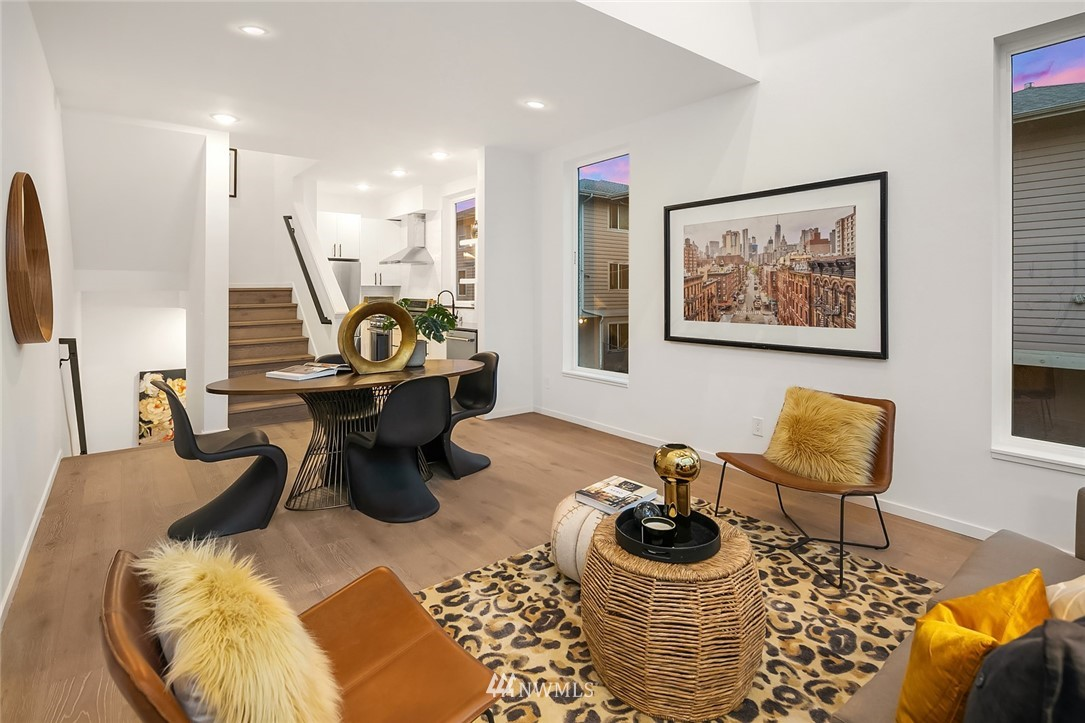 Sold Property   2610 E Yesler Way Seattle, WA 98122 4