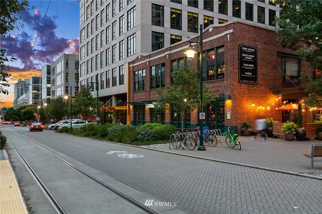 Sold Property   2361 Minor Avenue E #G Seattle, WA 98102 35