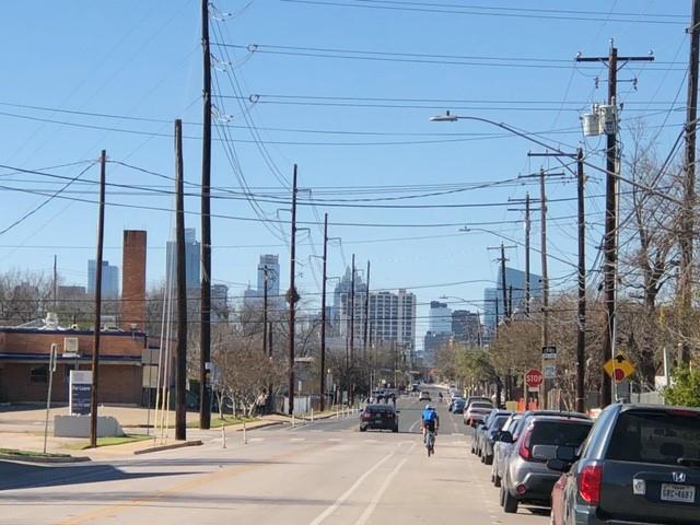 Active | 509 Allen Street Austin, TX 78702 9