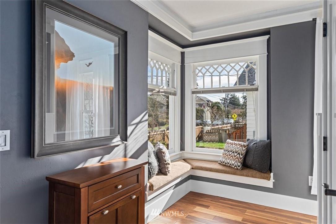 Sold Property | 6021 48th Avenue SW Seattle, WA 98136 3