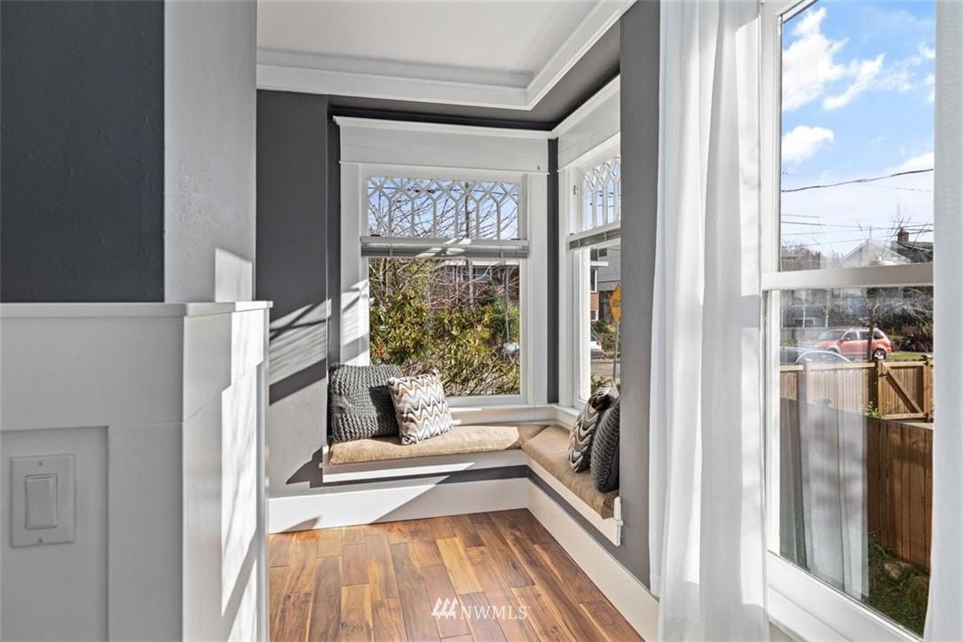 Sold Property | 6021 48th Avenue SW Seattle, WA 98136 4