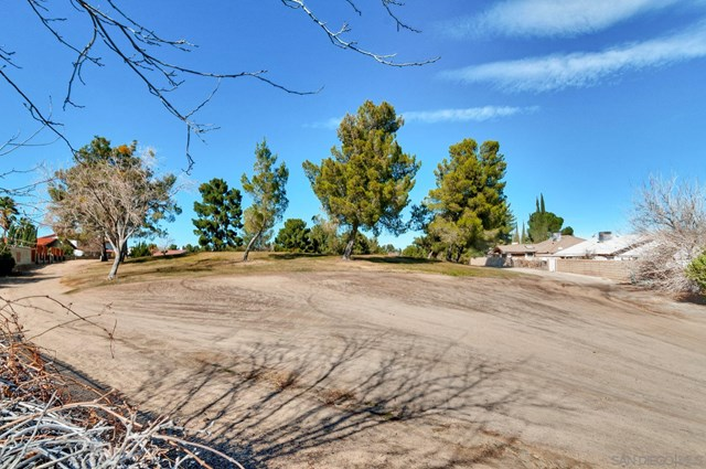 Closed | 13940 Burning Tree Dr Victorville, CA 92395 23