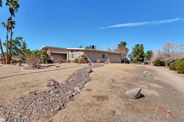 Closed | 13940 Burning Tree Dr Victorville, CA 92395 24
