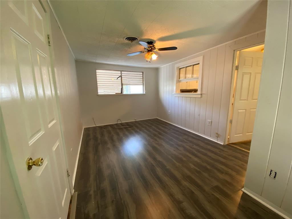Homes for sale in Texas City    404 19th Avenue N Texas City, Texas 77590 11