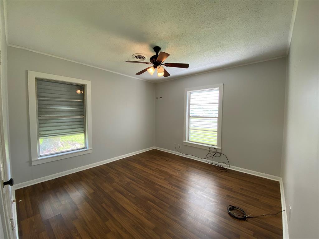 Homes for sale in Texas City    404 19th Avenue N Texas City, Texas 77590 4
