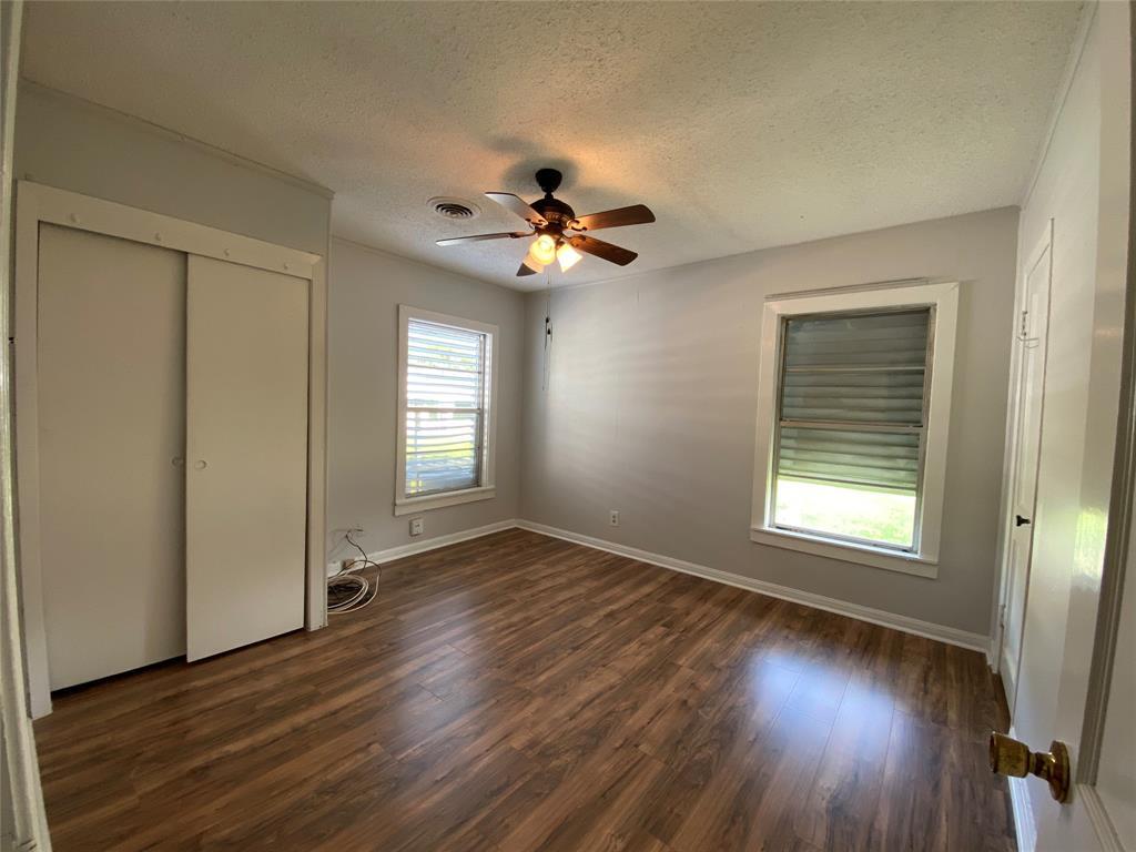 Homes for sale in Texas City    404 19th Avenue N Texas City, Texas 77590 10