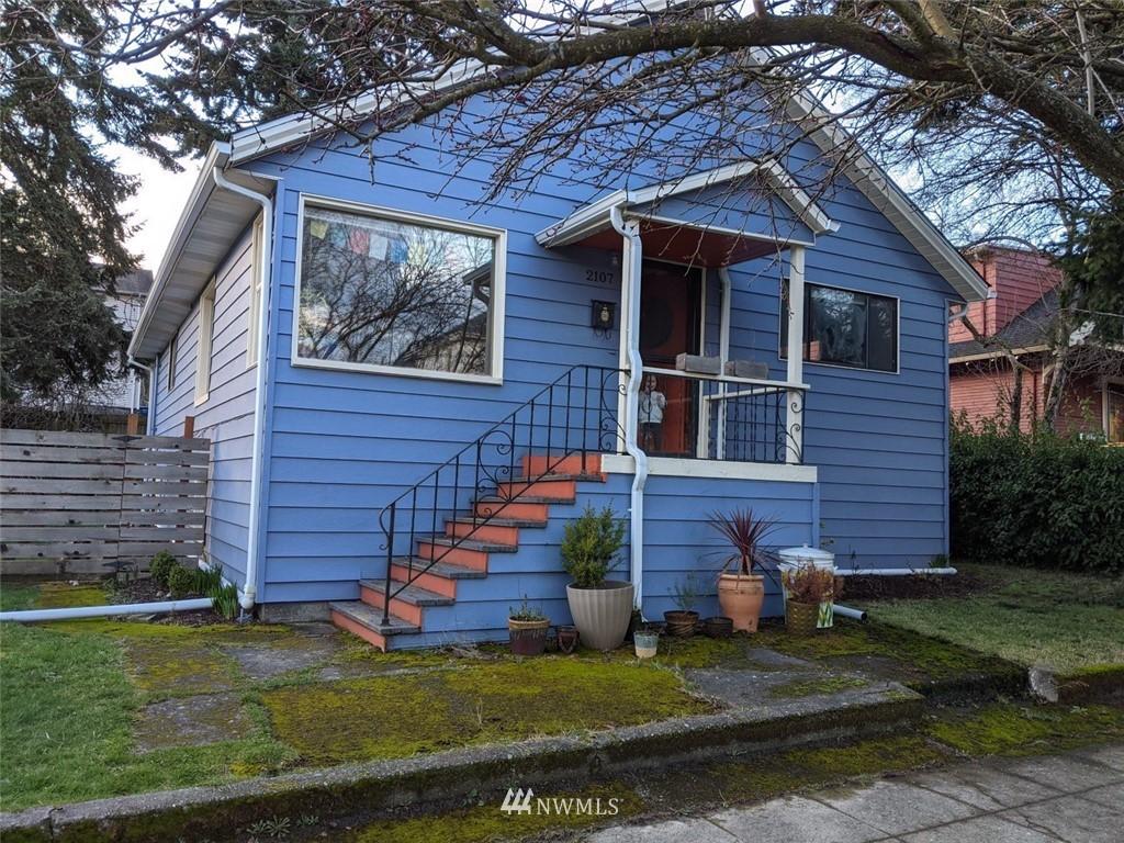 Sold Property | 2107 16th Avenue S Seattle, WA 98144 0