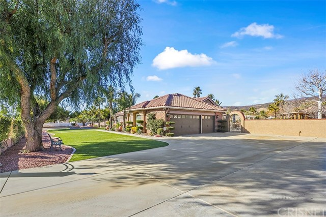 Active | 9805 Sweetwater Drive Agua Dulce, CA 91390 8