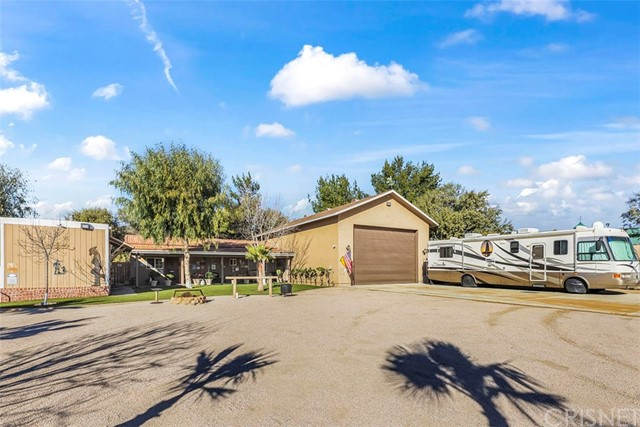 Active | 9805 Sweetwater Drive Agua Dulce, CA 91390 48