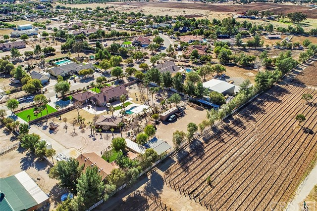 Active | 9805 Sweetwater Drive Agua Dulce, CA 91390 7