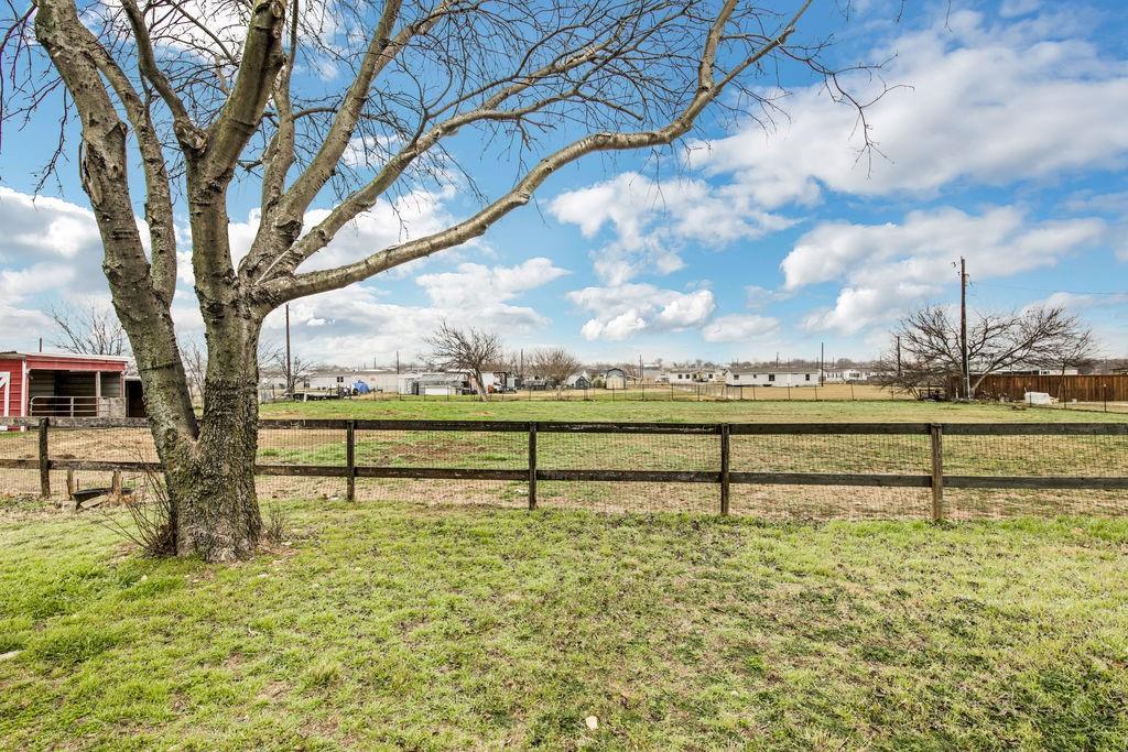 Sold Property | 18019 Cindys Lane Justin, Texas 76247 32