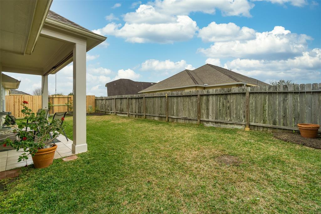 Off Market   957 Umbria Lane League City, Texas 77573 26