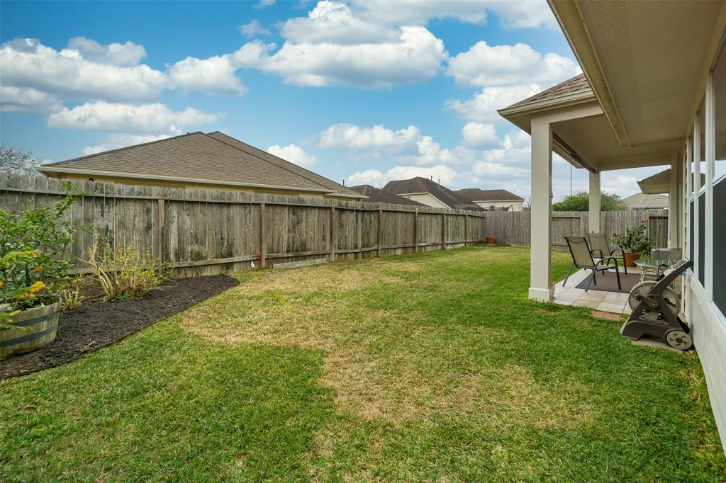 Off Market   957 Umbria Lane League City, Texas 77573 30