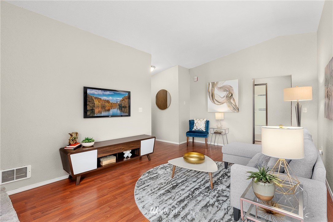 Sold Property   19725 76th Avenue W #6B Lynnwood, WA 98036 4
