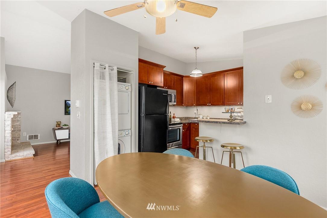 Sold Property   19725 76th Avenue W #6B Lynnwood, WA 98036 13