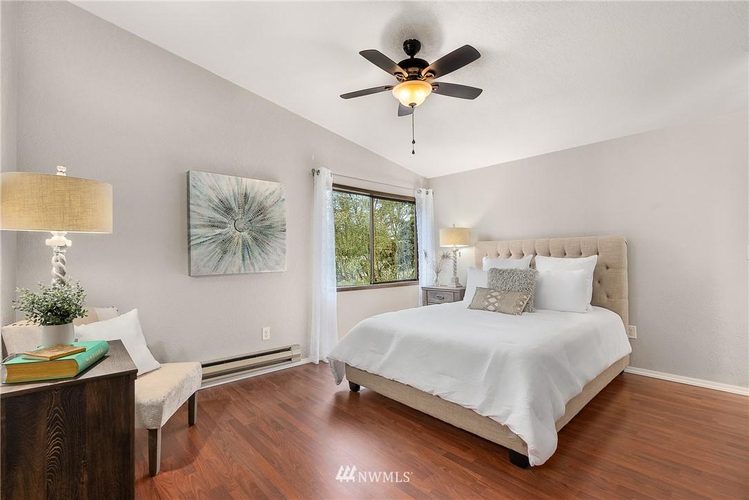 Sold Property   19725 76th Avenue W #6B Lynnwood, WA 98036 15