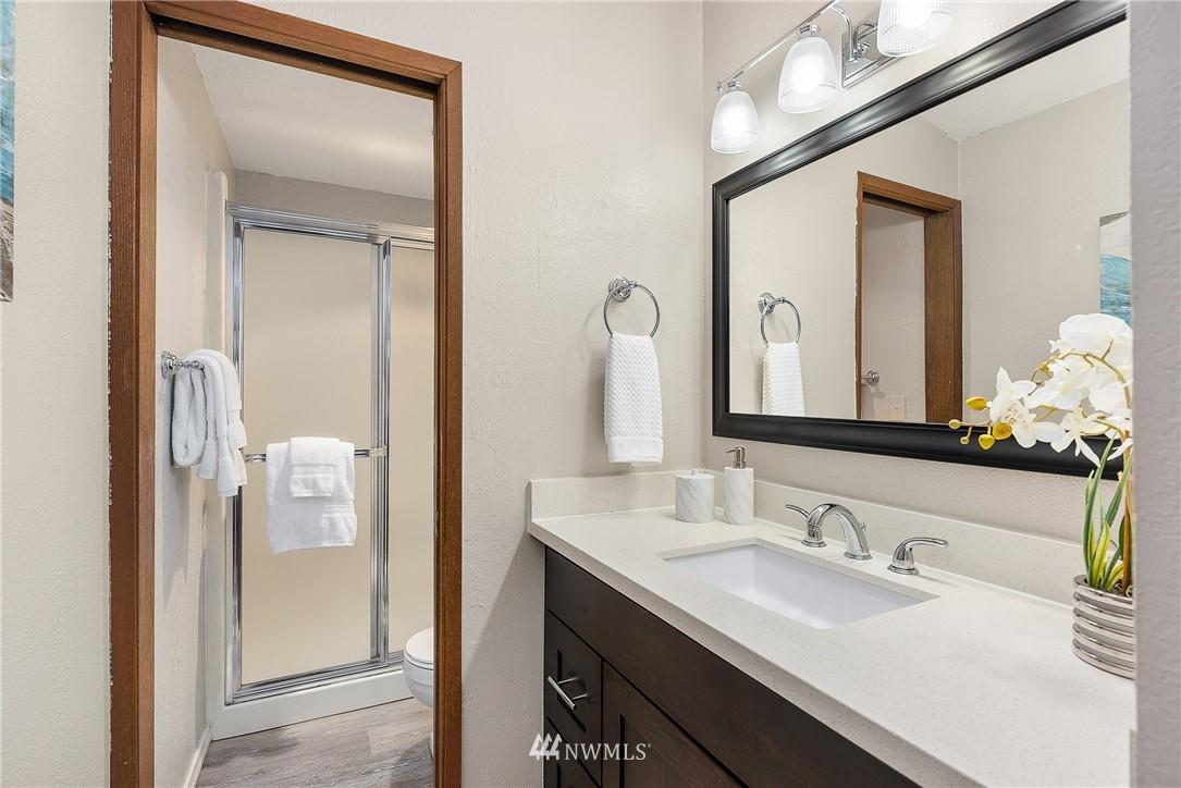 Sold Property   19725 76th Avenue W #6B Lynnwood, WA 98036 16