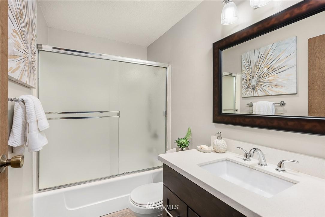 Sold Property   19725 76th Avenue W #6B Lynnwood, WA 98036 18