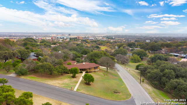 Pending   7010 Oakridge Dr San Antonio, TX 78229 35