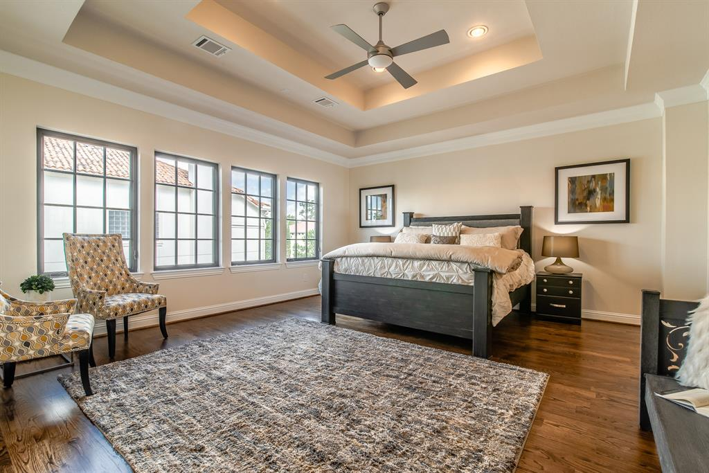 Luxury 3-Story Home in Spring Branch   7223 Janet Street Houston, Texas 77055 14
