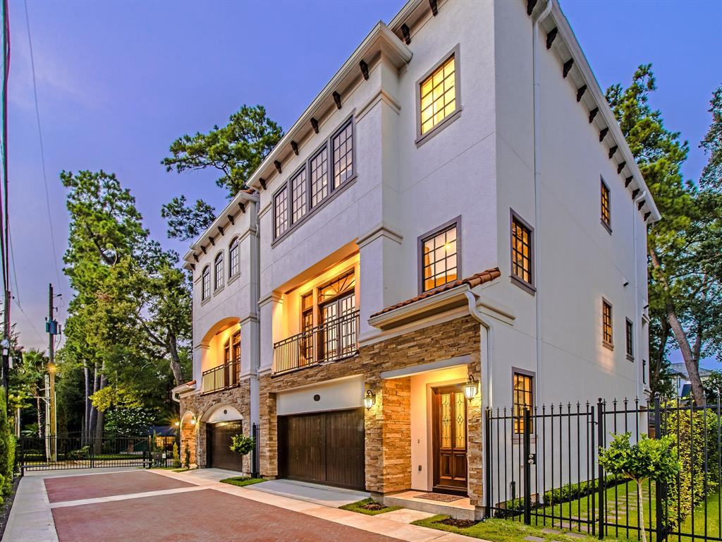 Luxury 3-Story Home in Spring Branch   7223 Janet Street Houston, Texas 77055 27