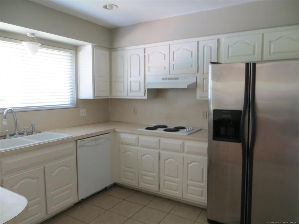 Sold Property | 1101 W Decatur Place Broken Arrow, Oklahoma 74011 3