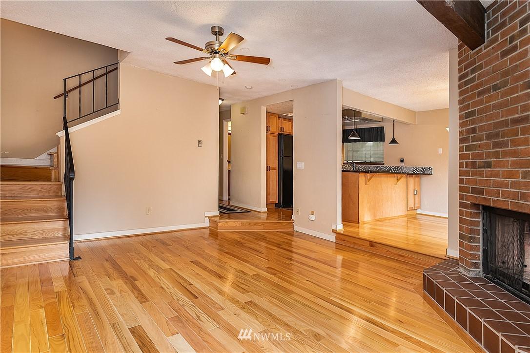 Sold Property | 19215 40th Avenue W #C6 Lynnwood, WA 98036 6