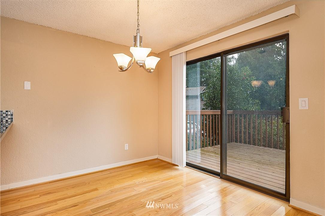 Sold Property | 19215 40th Avenue W #C6 Lynnwood, WA 98036 7
