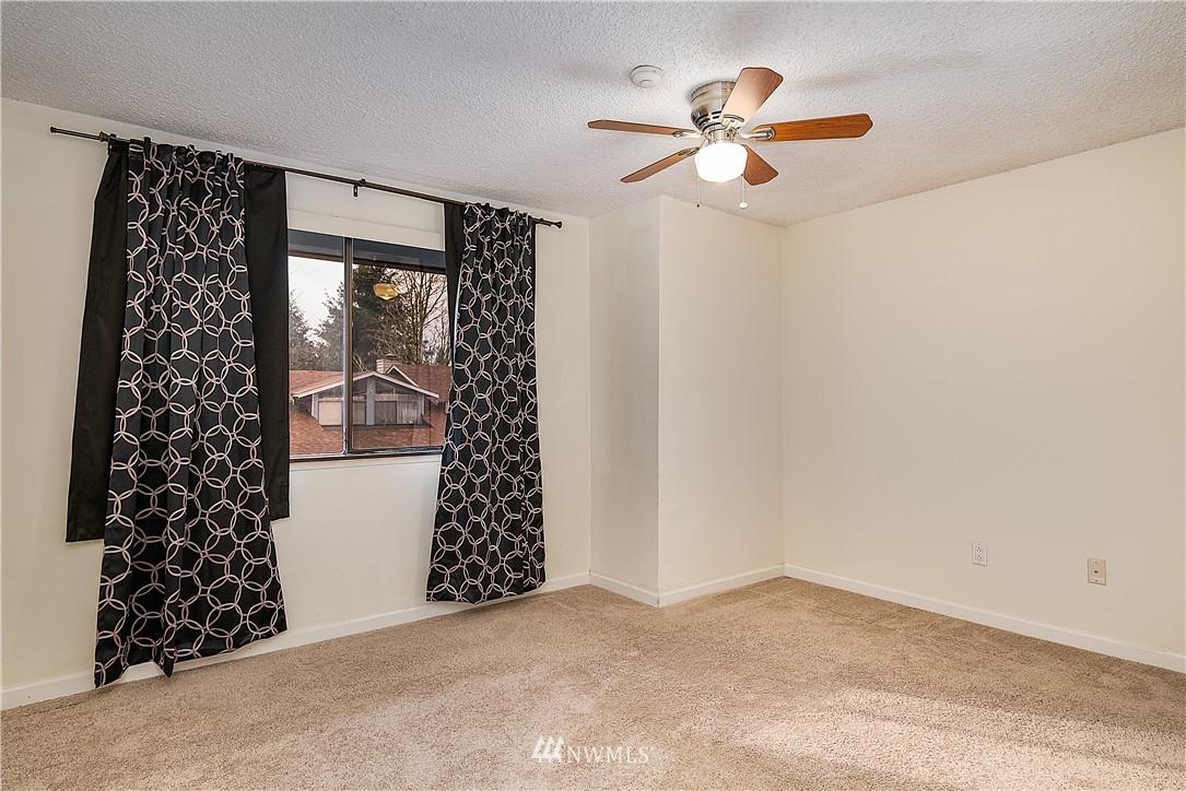Sold Property | 19215 40th Avenue W #C6 Lynnwood, WA 98036 9