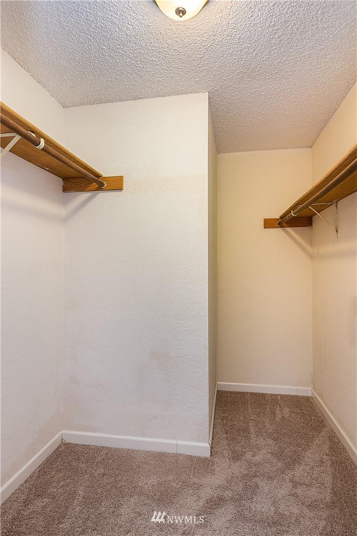 Sold Property | 19215 40th Avenue W #C6 Lynnwood, WA 98036 12