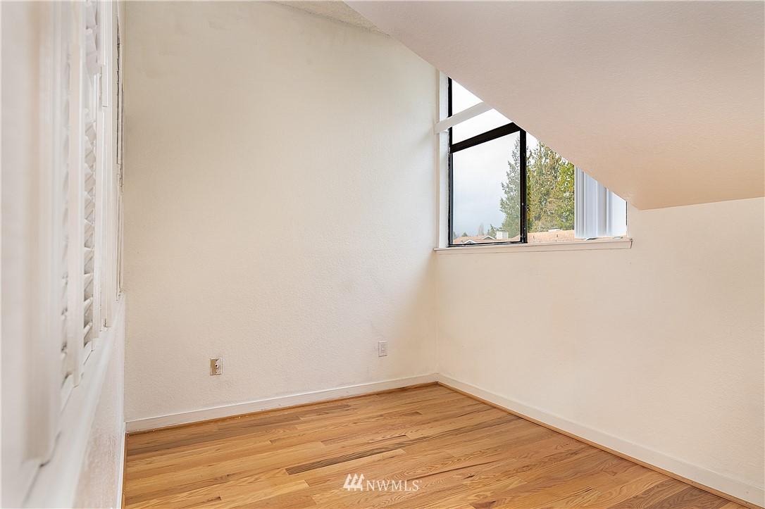 Sold Property | 19215 40th Avenue W #C6 Lynnwood, WA 98036 14