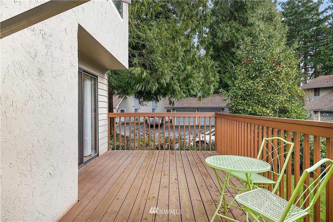 Sold Property | 19215 40th Avenue W #C6 Lynnwood, WA 98036 18