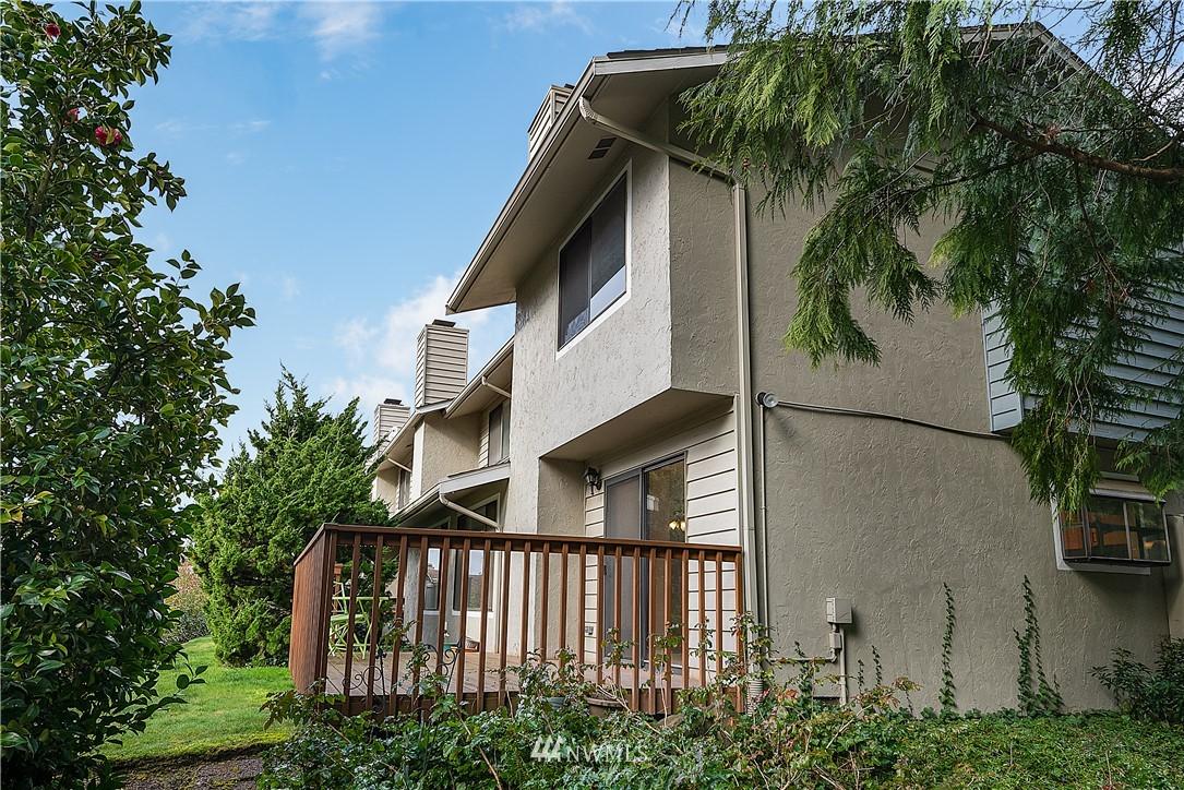 Sold Property | 19215 40th Avenue W #C6 Lynnwood, WA 98036 19