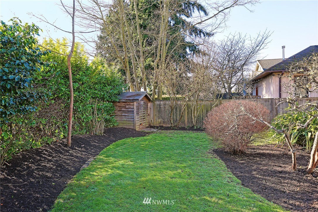 Sold Property   3007 NW 70th Street Seattle, WA 98117 18