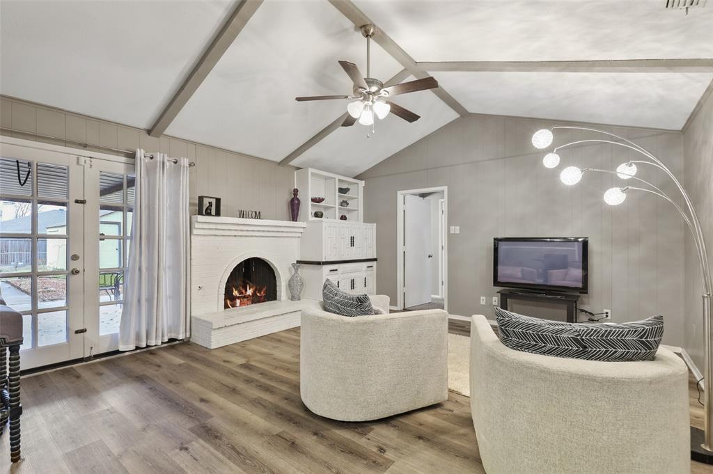 Sold Property | 1413 Kingsbridge Drive Garland, Texas 75044 2