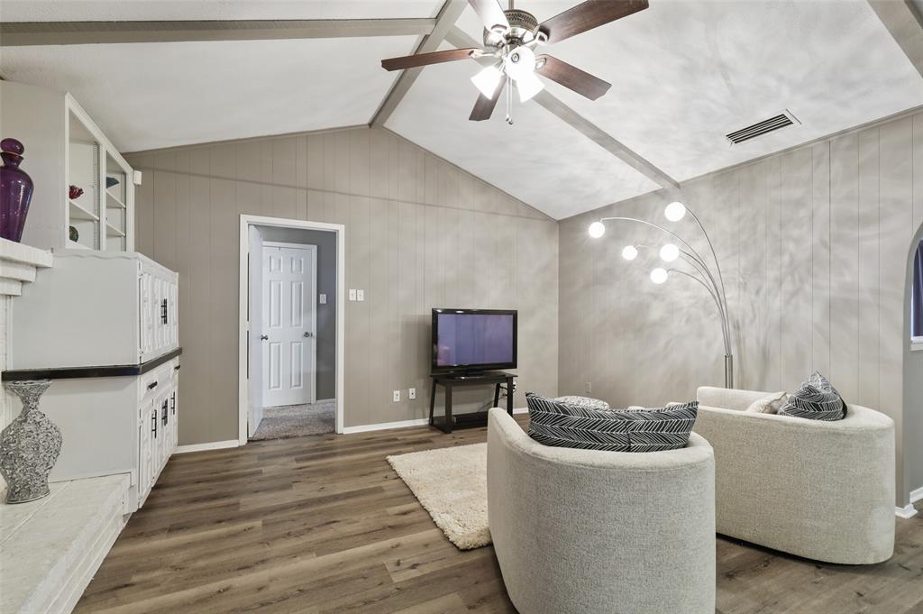 Sold Property | 1413 Kingsbridge Drive Garland, Texas 75044 4