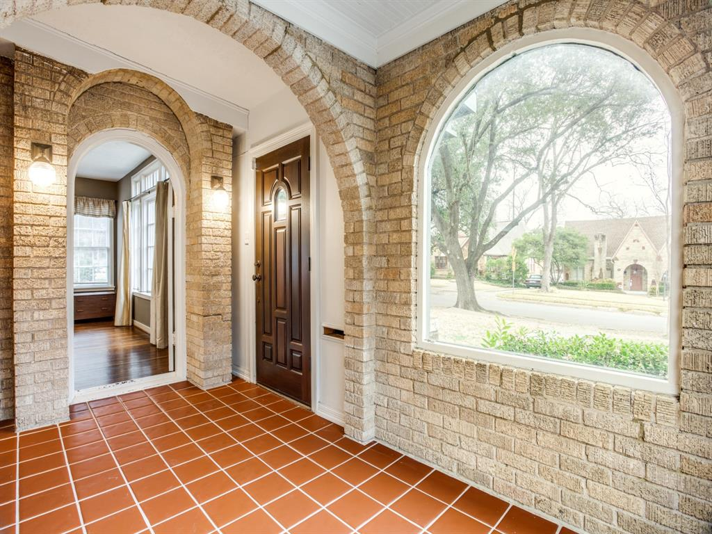 Sold Property | 511 Monte Vista Drive Dallas, Texas 75223 3
