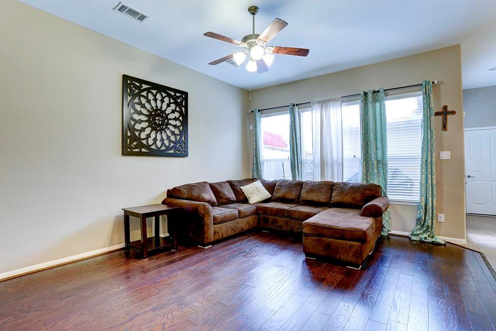 Off Market | 9110 Solvista Pass Lane Houston, Texas 77070 7