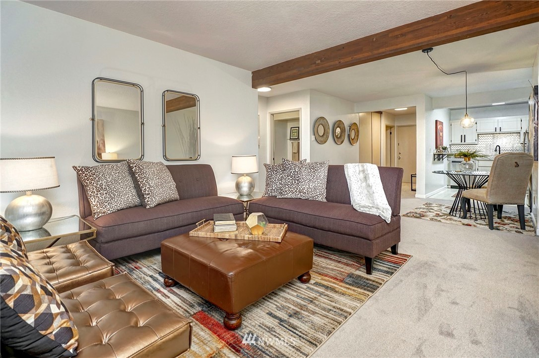 Sold Property | 8747 Phinney Avenue N #3 Seattle, WA 98103 0