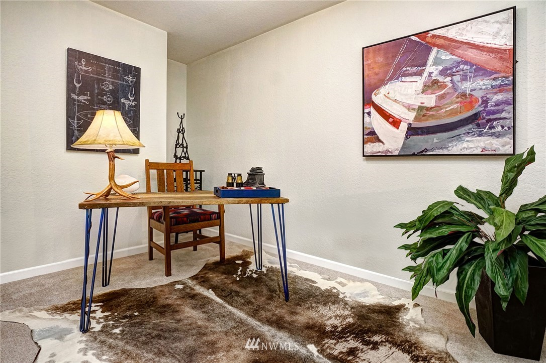 Sold Property | 8747 Phinney Avenue N #3 Seattle, WA 98103 15