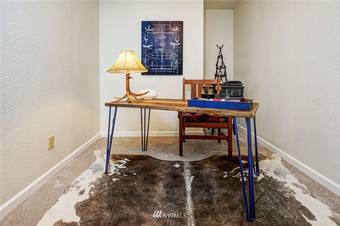 Sold Property | 8747 Phinney Avenue N #3 Seattle, WA 98103 16