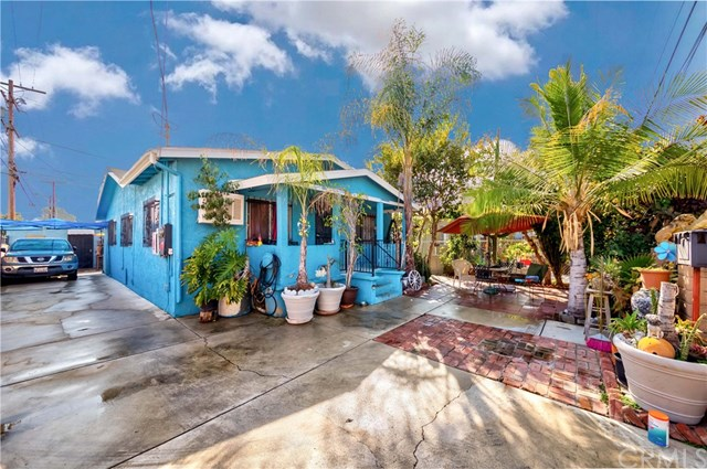 Pending | 2624 Maceo Street Los Angeles, CA 90065 2
