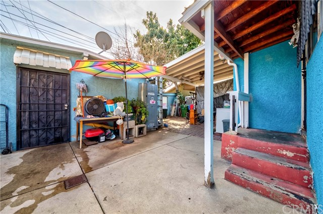 Pending | 2624 Maceo Street Los Angeles, CA 90065 23