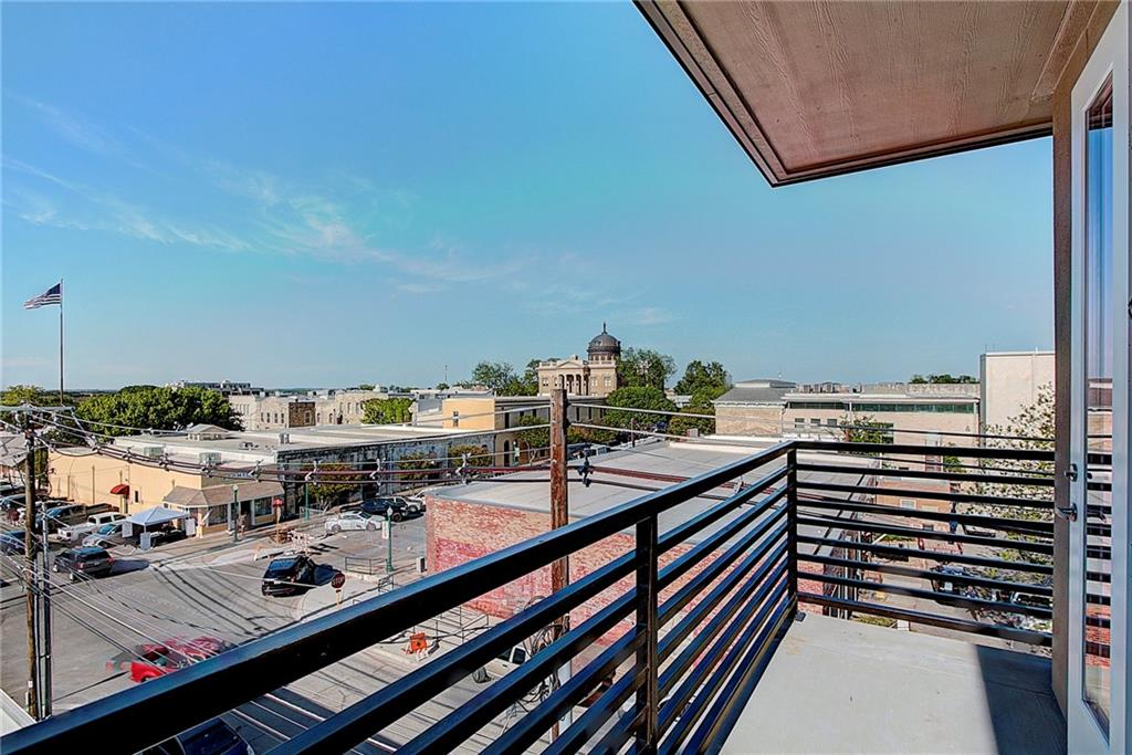 Active | 810 S Rock Street #401 Georgetown, TX 78626 23