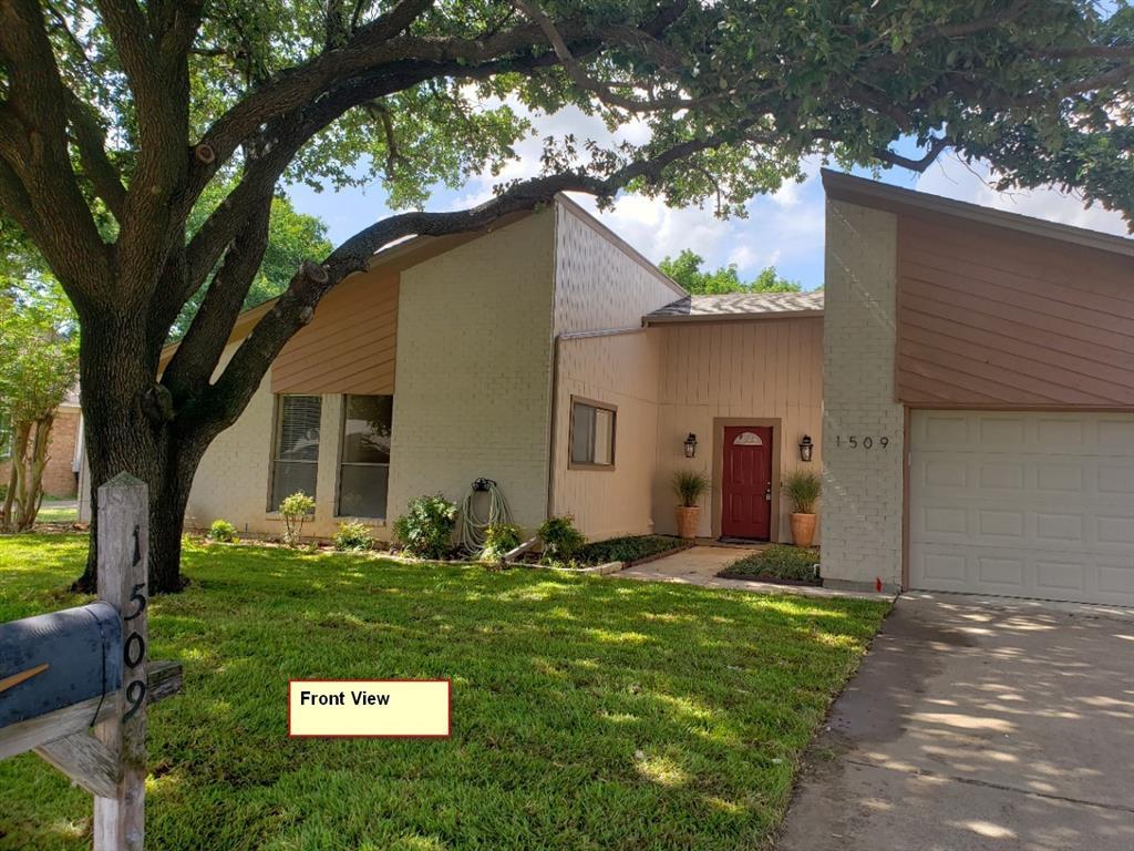 Leased | 1509 Flamingo Drive Arlington, Texas 76012 1