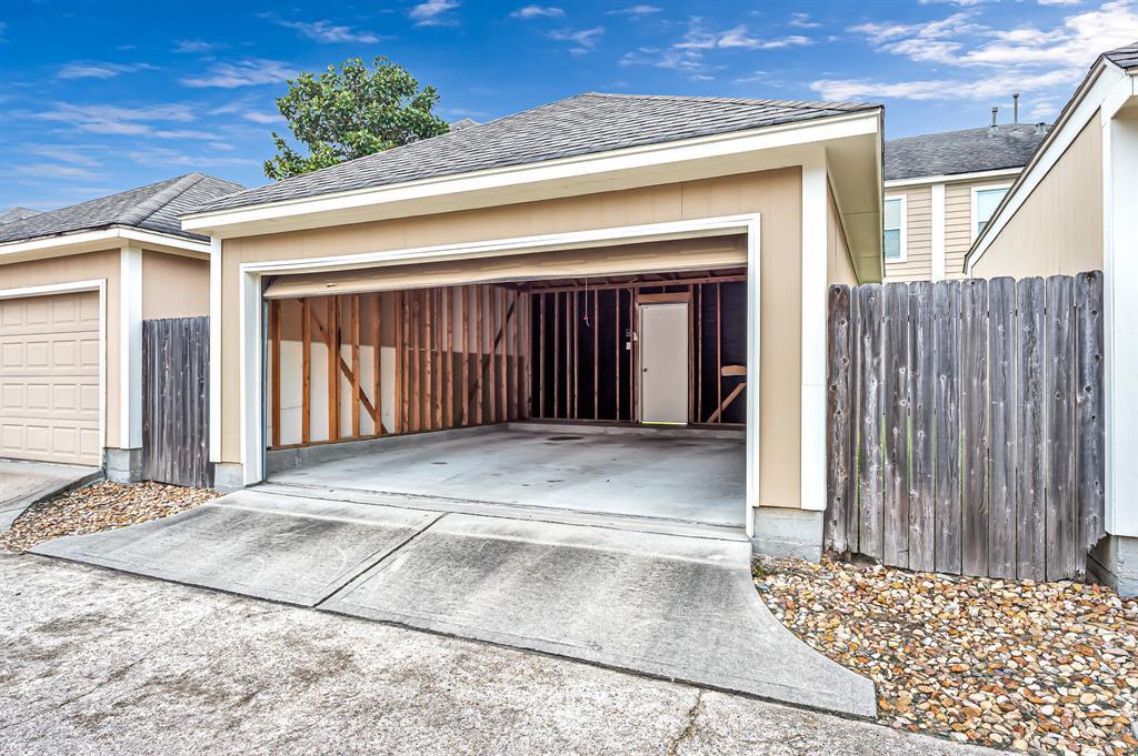 Off Market | 8019 Ellinger Lane Houston, Texas 77040 35
