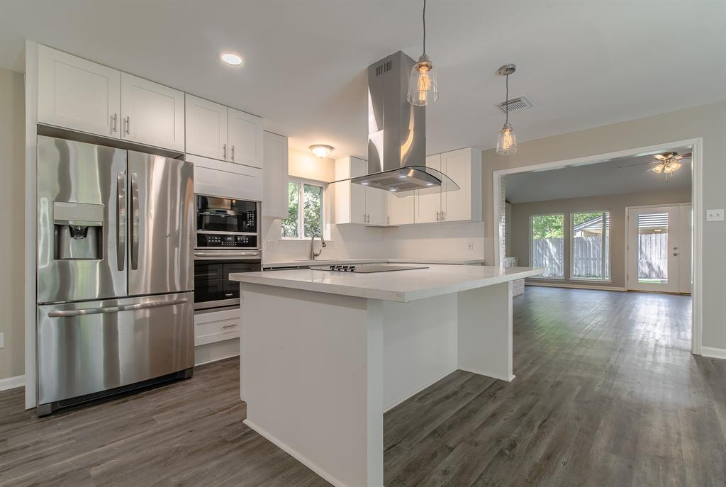 Renovated Home in Briargrove Park | 10334 Lynbrook Hollow Street Houston, Texas 77042 12