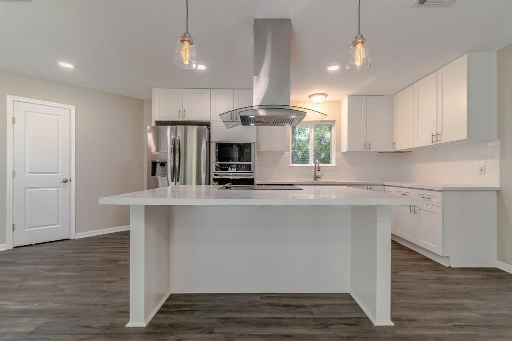 Renovated Home in Briargrove Park | 10334 Lynbrook Hollow Street Houston, Texas 77042 13