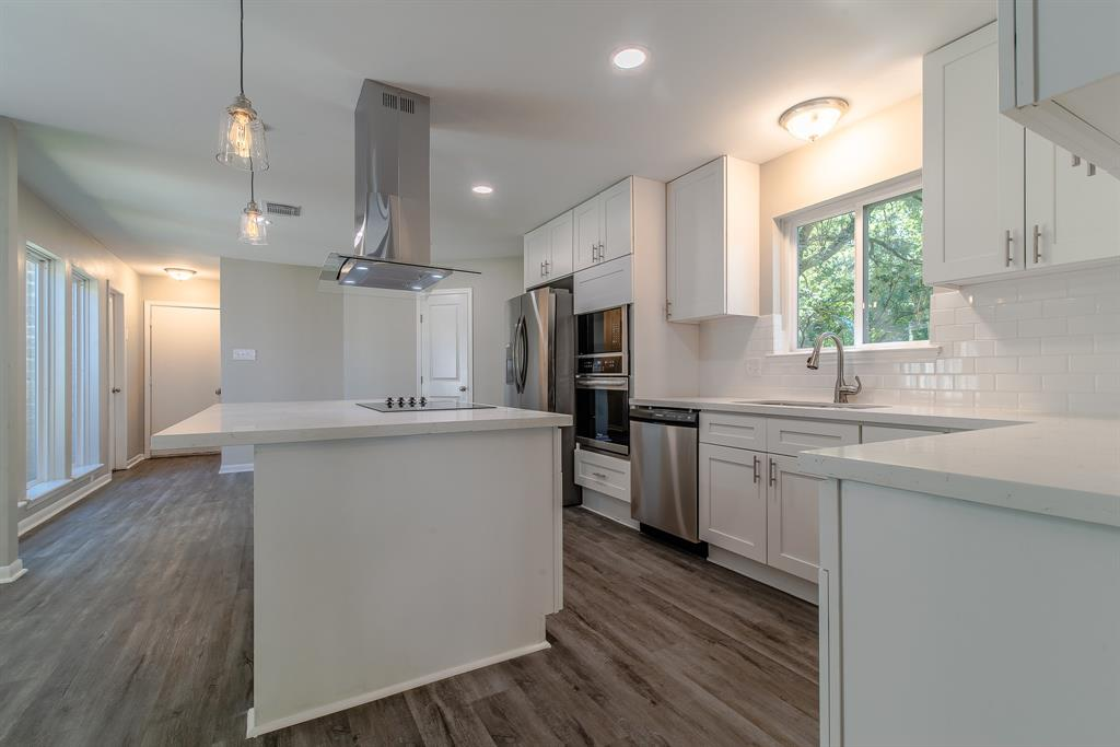 Renovated Home in Briargrove Park | 10334 Lynbrook Hollow Street Houston, Texas 77042 14
