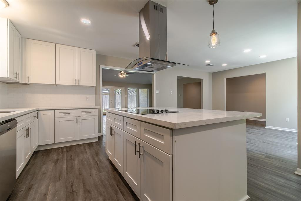 Renovated Home in Briargrove Park | 10334 Lynbrook Hollow Street Houston, Texas 77042 16